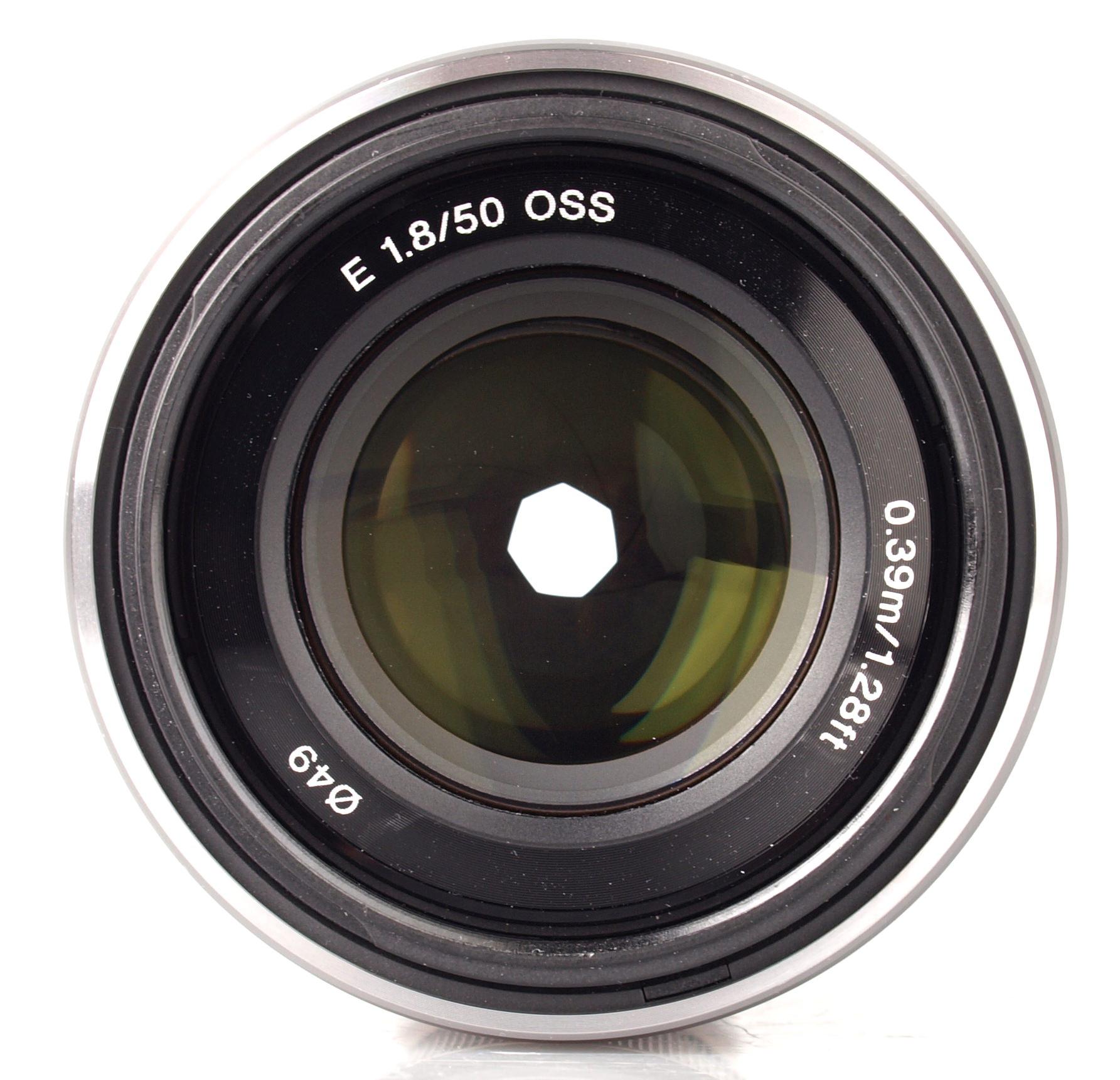 Sony NEX 50mm f/1.8 OS...