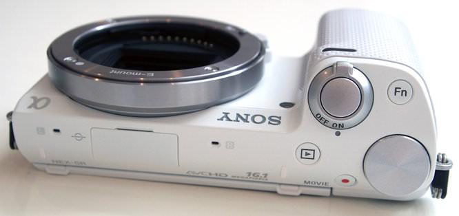 Sony Nex R3 Black And White (1)