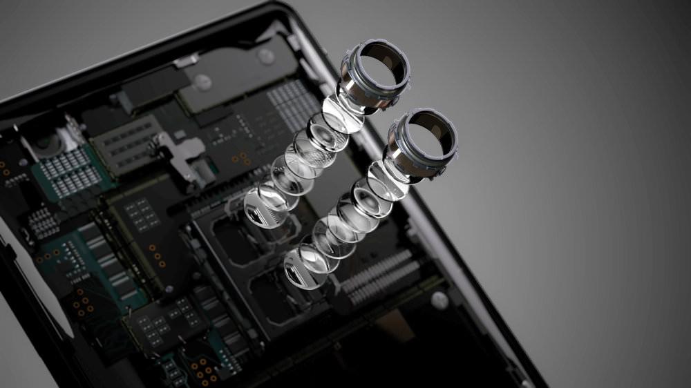 Sony Xperia XZ2 Premium Camera Explosion