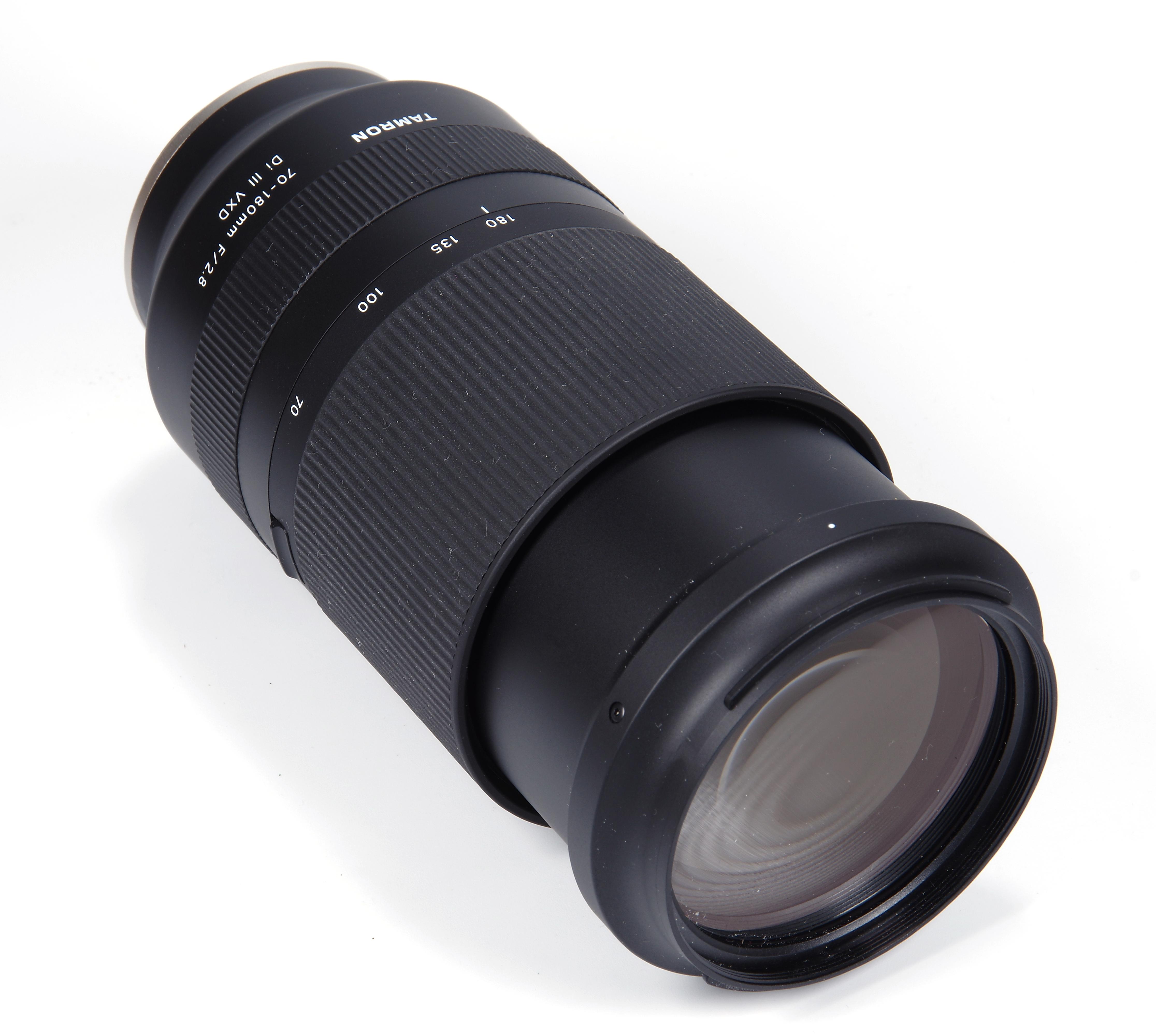 F/2.8 vxd iii 70-180mm di