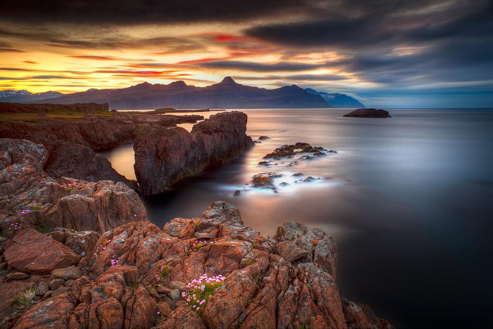 Special-Cliffs2_1.jpg