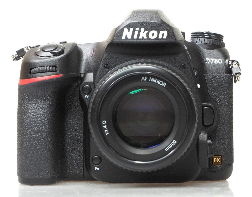 Nikon D780 (1)
