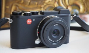 The Leica CL Is A New Mirrorless Camera Designed In The Iconic Leica Style