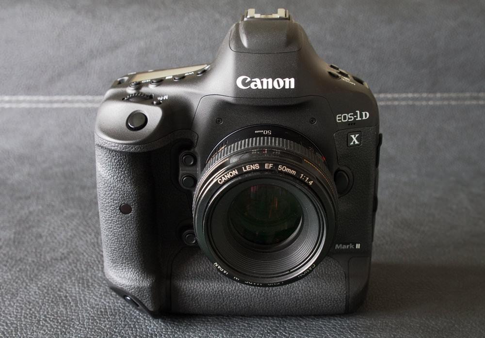 Canon EOS 1D X MarkII DSLR (2)