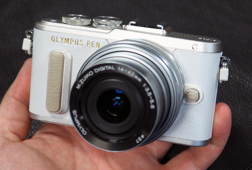 Olympus PEN E PL8 White (12)