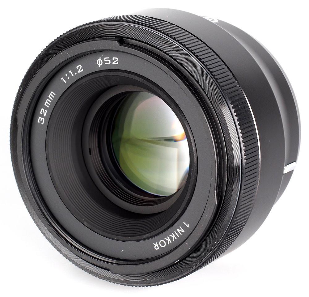 Nikon 1 Nikkor 32mm F1 (1)