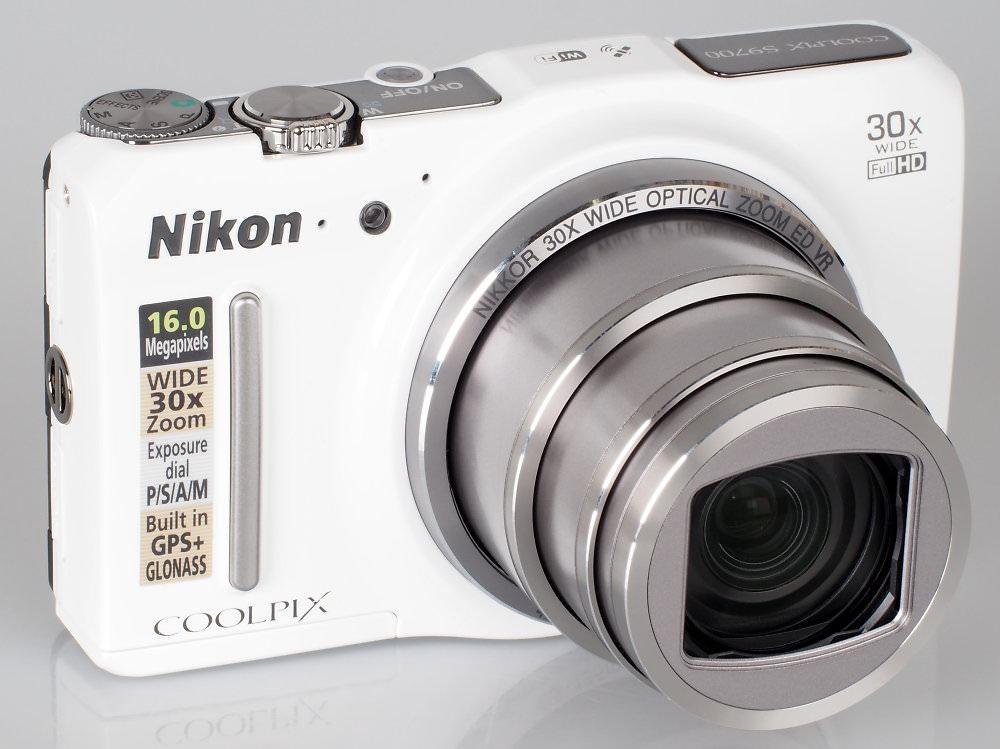 Nikon Coolpix S9700 White (4)