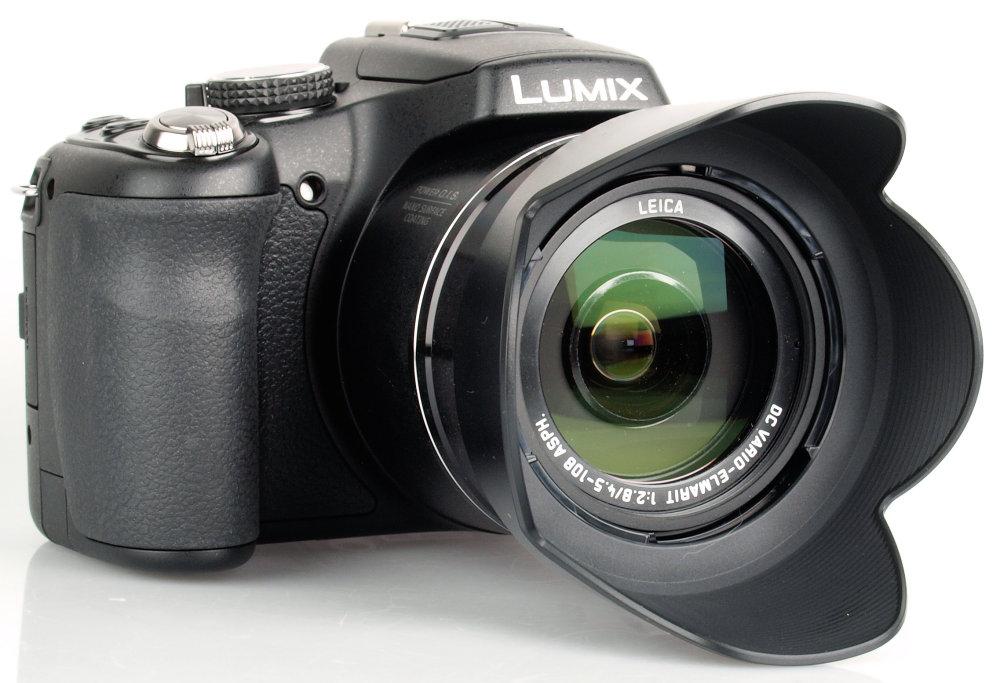 Panasonic Lumix Dmc Fz200 Front 3