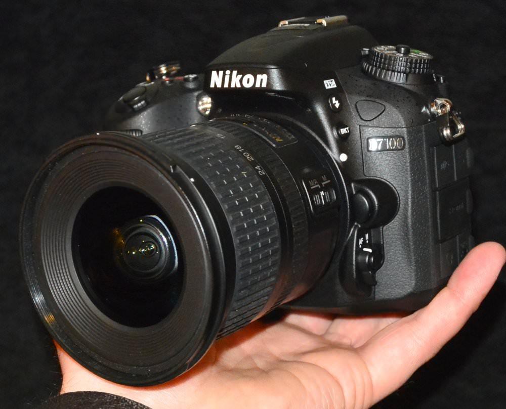 Nikon D7100 DSLR In hand