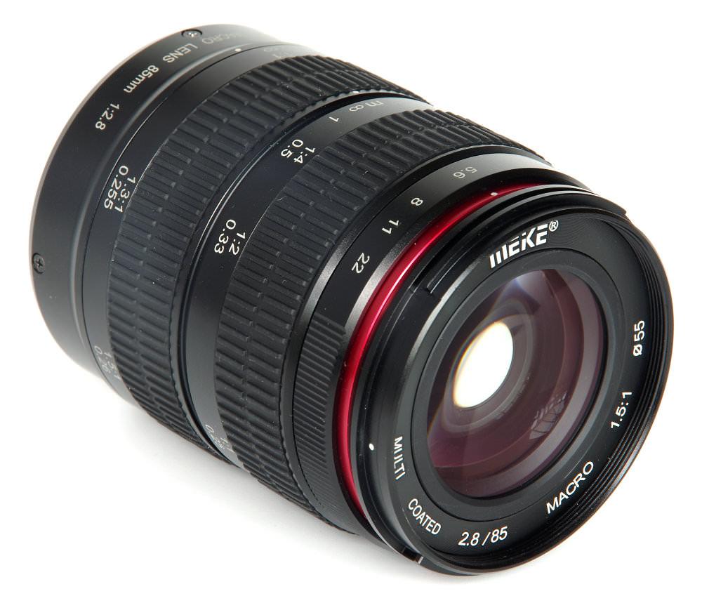 Meike 85mm f/2.8 Macro