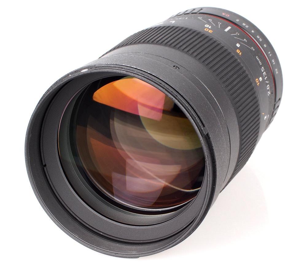 Samyang 135mm F2 Lens (1)