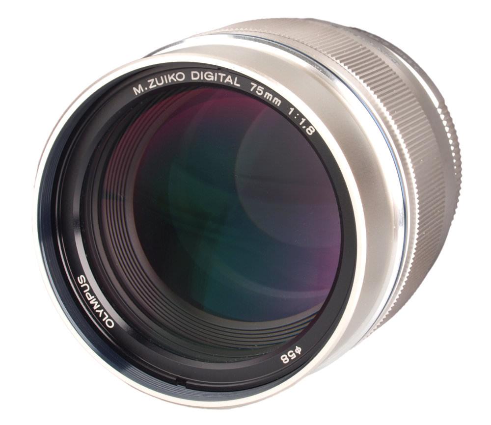 Olympus M Zuiko 75mm F1 8 Lens1