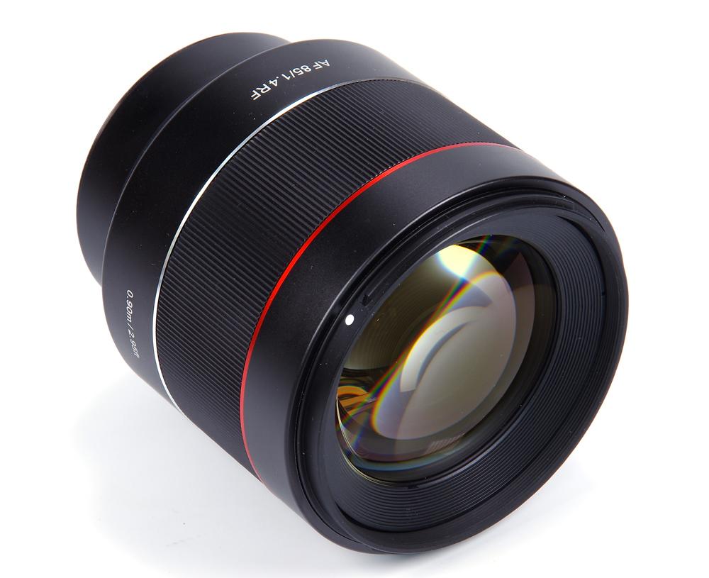 Samyang AF 85mm f/1.4 RF