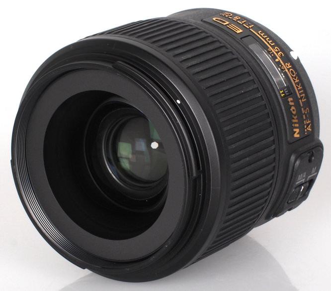 Nikon 35mm lens