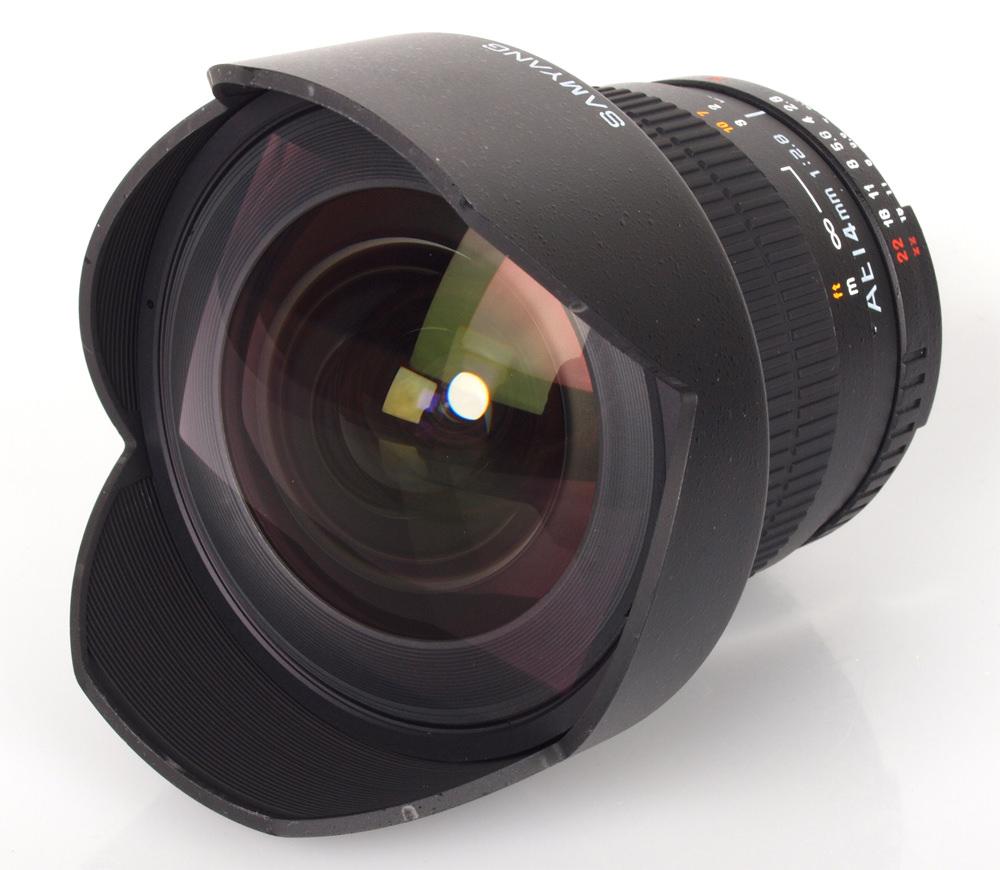 Samyang 14mm f/2.8 ED AS IF UMC