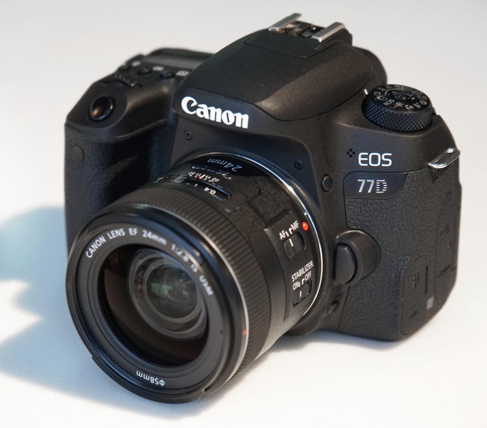 Canon EOS 77D DSLR (2)