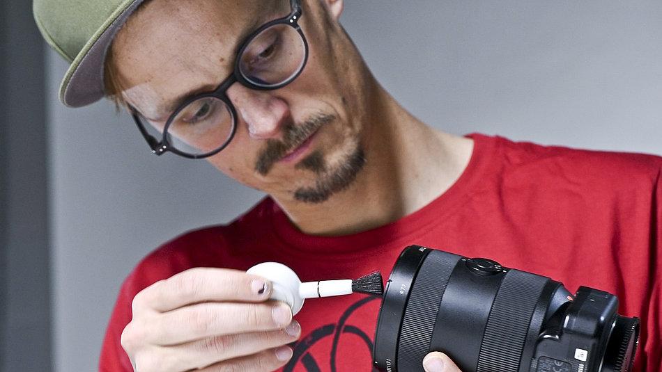 Cleaning camera sensor