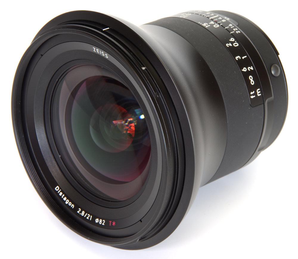 Zeiss Milvus 21mm F2,8 Front Oblique