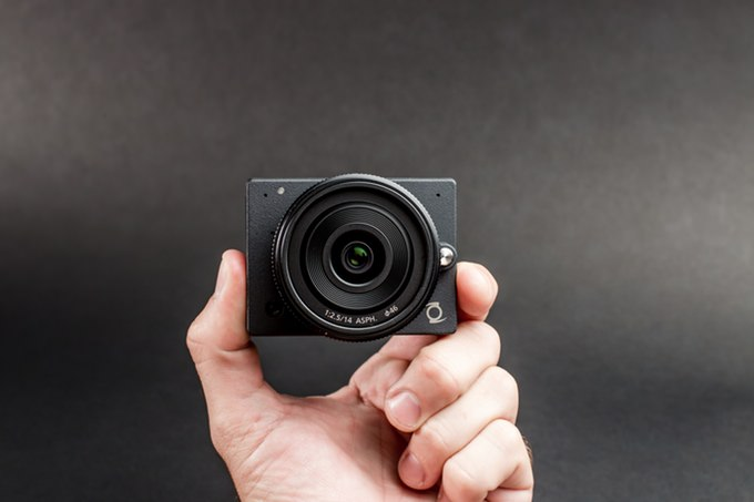 E1 camera shoots 4K images