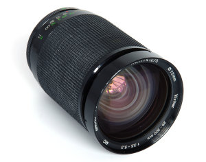 Vivitar 28-200mm f/3.5-5.3 Macro Focusing Zoom Vintage Lens Review