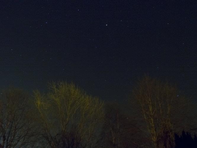 Polarie Stars Star Scape | 121 sec | f/11.0 | 14.0 mm | ISO 200