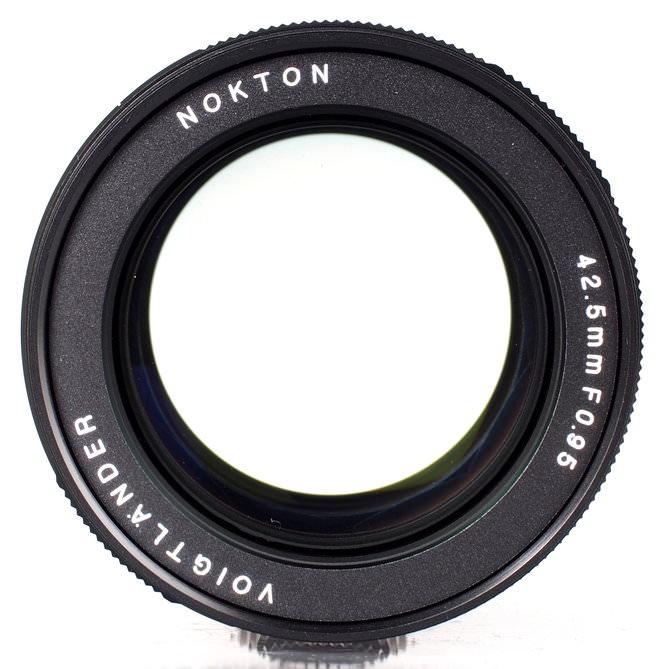Voigtlander Nokton 42 5mm F 095 Mft Lens (7)