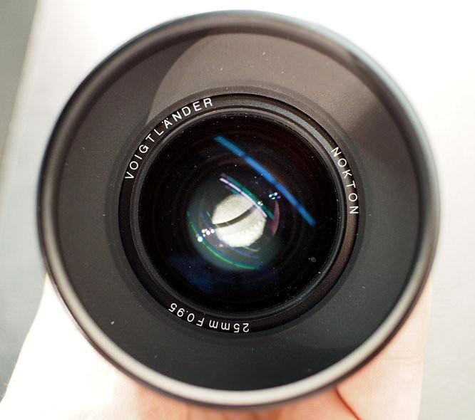 Nokton 25mm f/0.95
