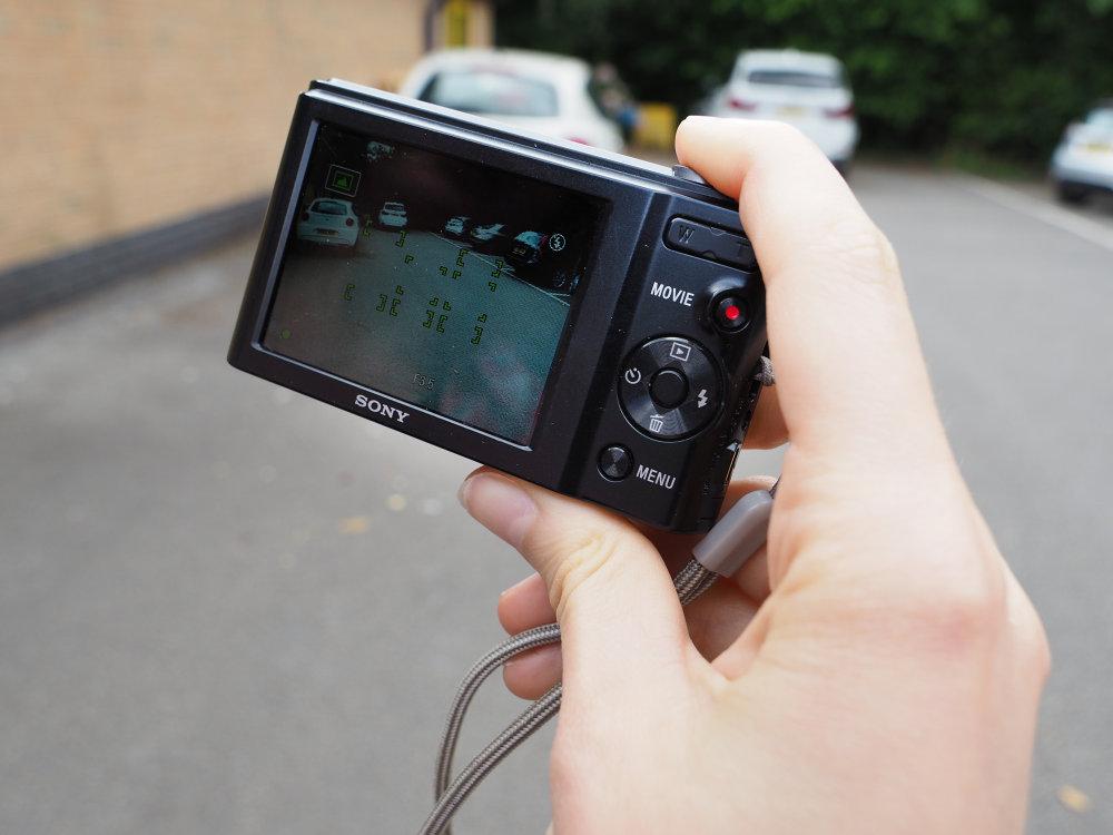 Sony Cyber-Shot W810 Compact Camera