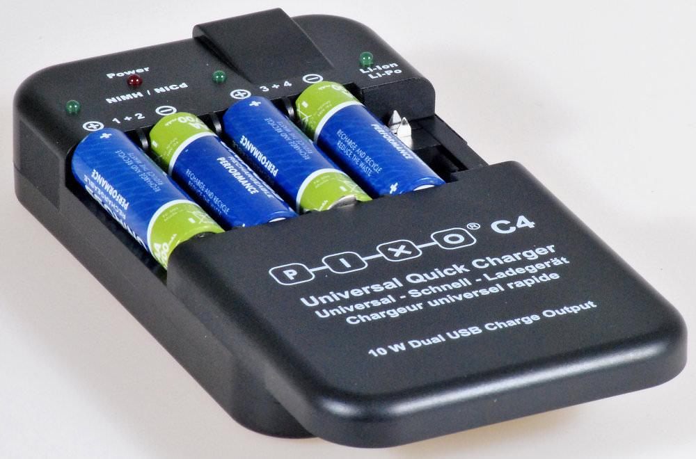 Pixo Universal Battery Charger 4