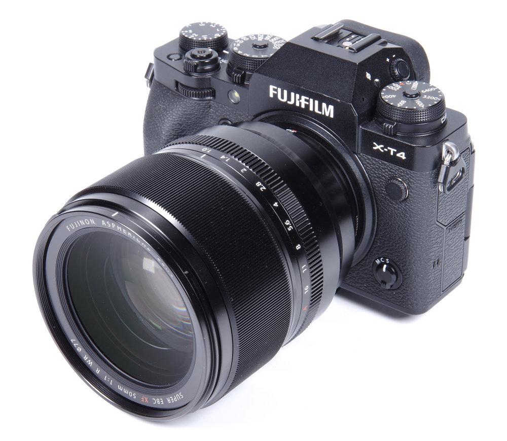 Fujinon XF 50mm F1 On Fujifilm X T4