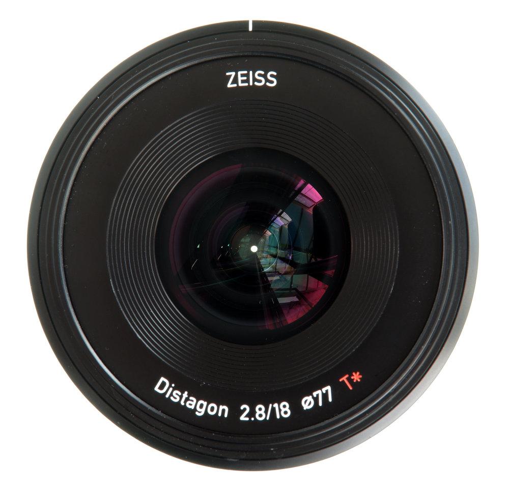 Zeiss Batis 18mm F2,8 Front Element View