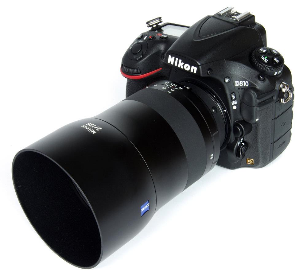 Zeiss Milvus 135mm F2 With Hood On Nikon D810