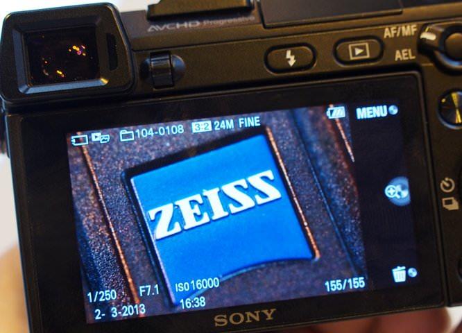 Zeiss Touit 50mm Macro Lens (4) (Custom)