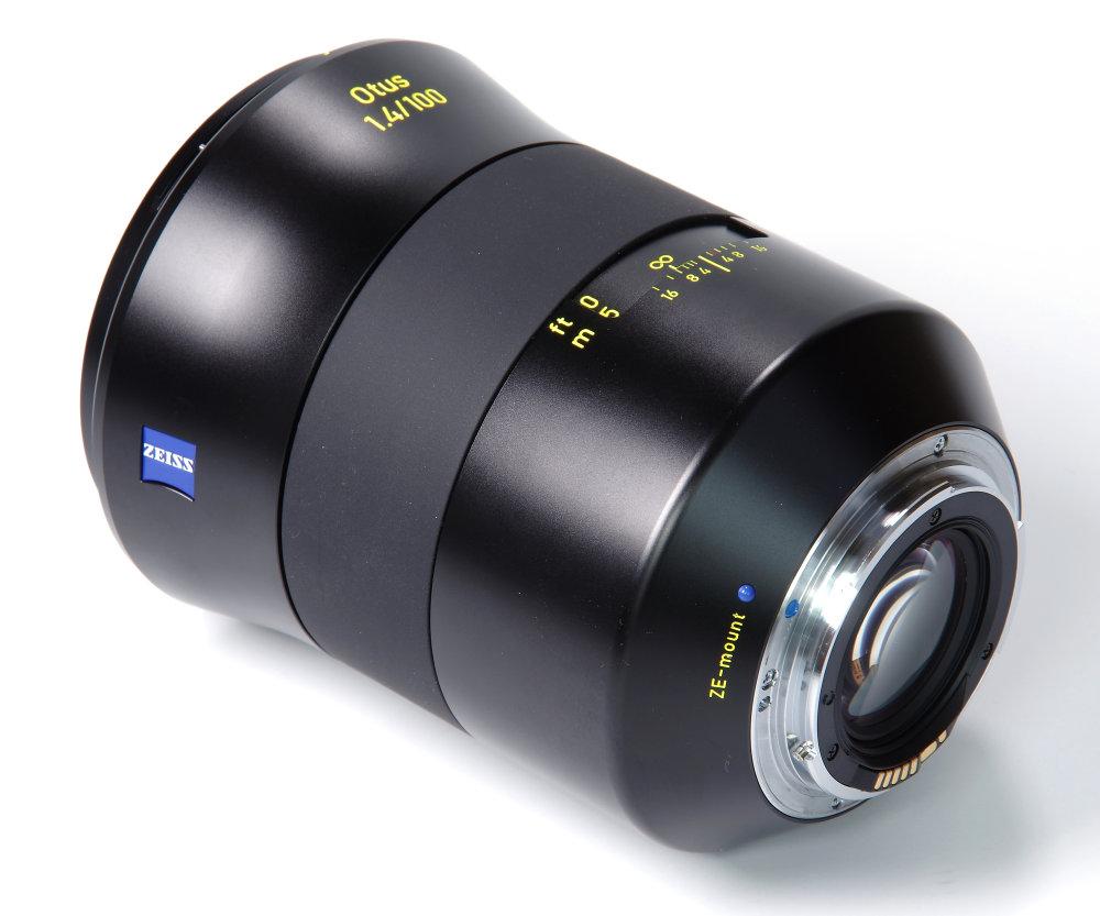 Zeiss Otus 100mm F/1.4 Rear Oblique View | 1/5 sec | f/16.0 | 78.0 mm | ISO 100