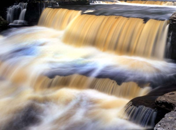 2-ct126-11-aysgarth-falls.jpg