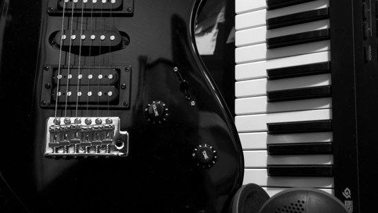 guitar-550.jpg