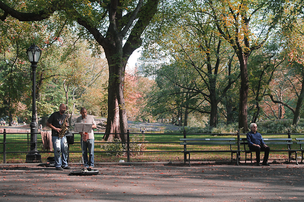 1-img-0017busking-in-central-park--res.jpg