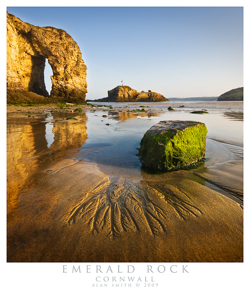1-perranporth-arch-with-seaweed-rock.jpg