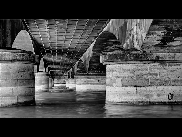 under-the-seine-bridge--by-david-portwain-.jpg