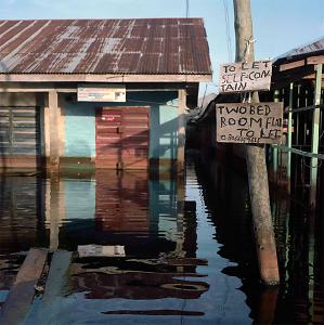 Gideon Mendel: Drowning World