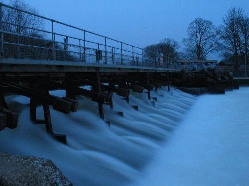Abingdon Weir by edz2001
