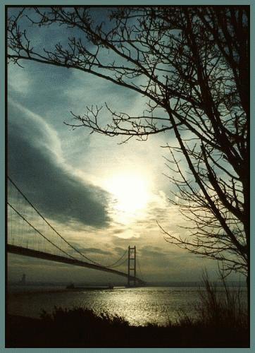 Humber Bridge by rikewoo