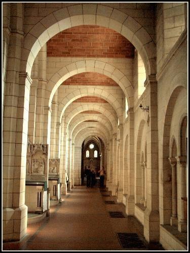 Inside Buckfast Abbey by rikewoo