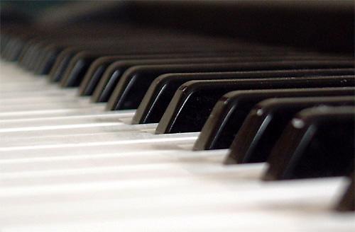 Piano keys by vickyh
