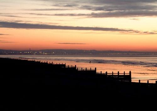 Shoreham Sunrise by wendy9