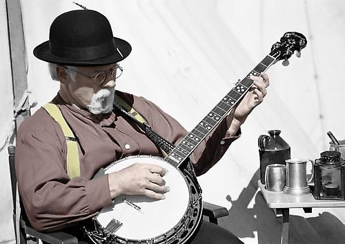 Banjo Player by stevenb
