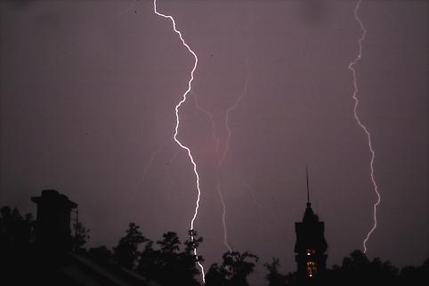 Lightning by paul daglish