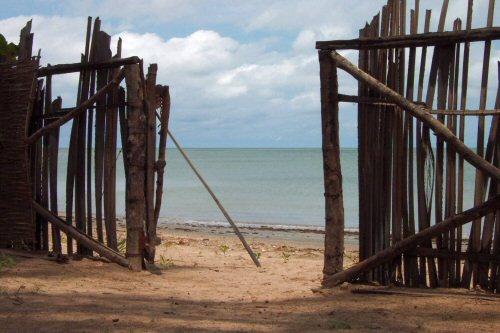 Beach Gate by shaun
