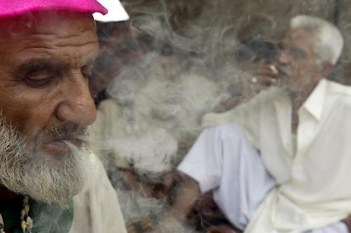 Smokers by imampwr