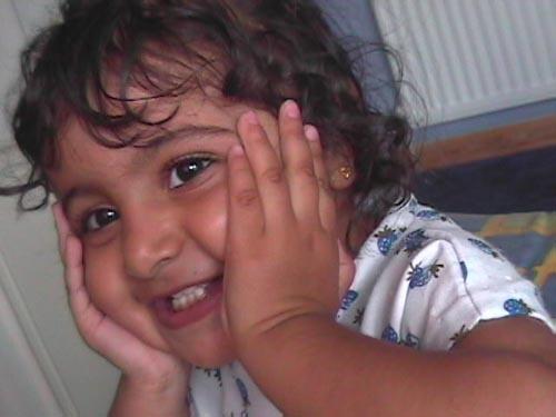 Innocent cute smile by karlmarxr